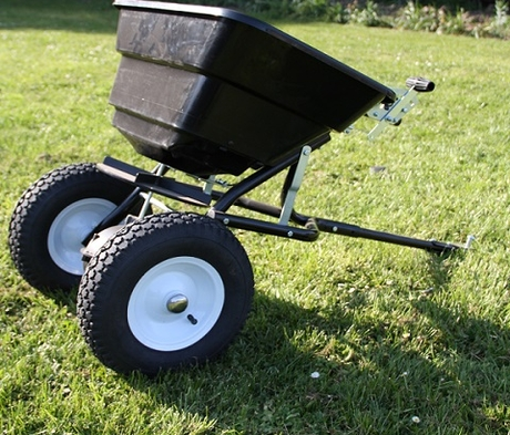 BS Towable Spreader BS- 31506