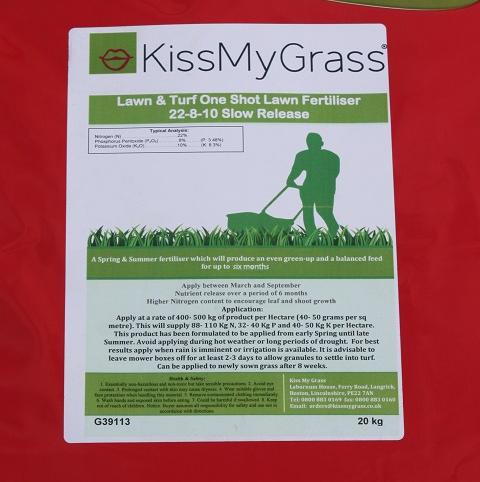 BS Slow Release Lawn Fertiliser 20.6.8 (6 month)
